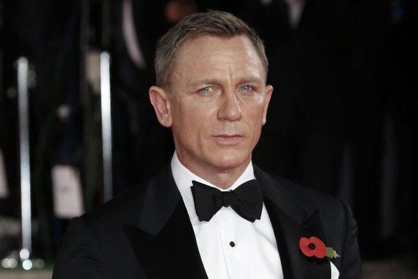 Μεγάλη ανατροπή στη νέα ταινία του James Bond!