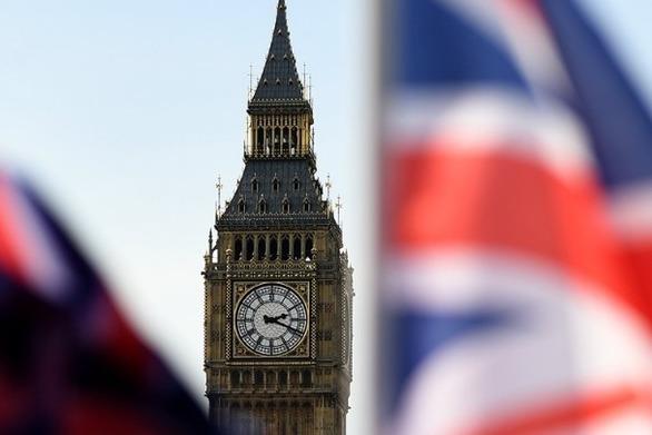 Βρετανία: Σε προεκλογική τροχιά τα κόμματα
