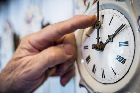 Πώς επηρεάζει την υγεία μας η αλλαγή της ώρας