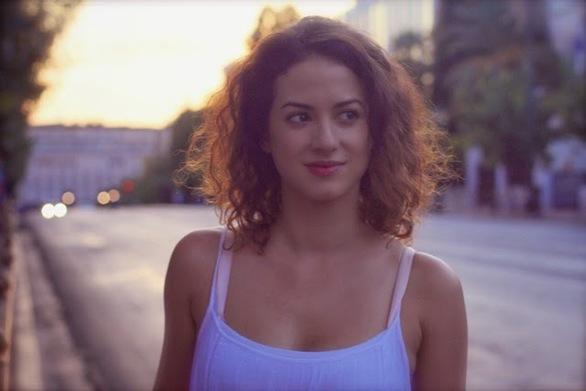 """Αμαλία Καβάλη - Η  """"Ουρανία"""" από τις «Άγριες Μέλισσες», μιλά για το ρόλο της"""