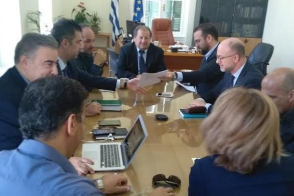 Αχαΐα: Ο Νεκτάριος Φαρμάκης πραγματοποίησε συνάντηση εργασίας με τον Δημήτρη Καλογερόπουλο
