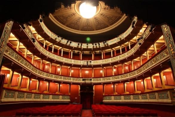 """Πάτρα: """"Καθαρό"""" το ταμείο του Δημοτικού Θεάτρου μέσα στο 2020"""