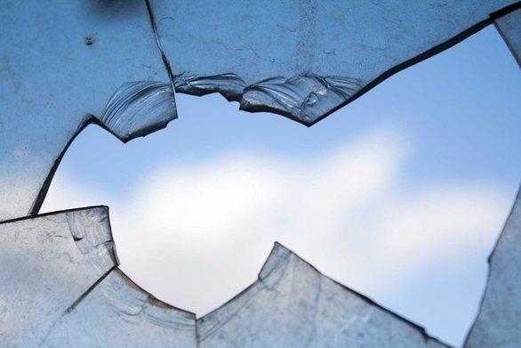 Αγρίνιο: Γονείς πλήρωσαν τα σπασμένα των παιδιών τους στο σχολείο