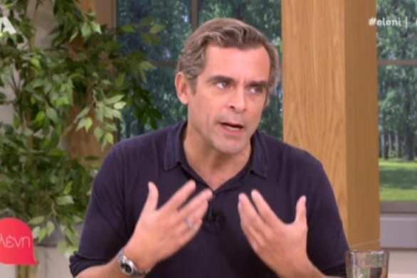 Ο Κωνσταντίνος Μαρκουλάκης απολογήθηκε για την «ελαφριά εκπομπή» στην Ελένη Μενεγάκη (video)