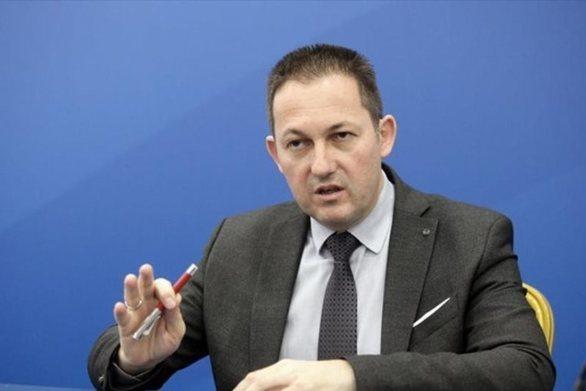"""Πέτσας για βανδαλισμούς Ρουβίκωνα: """"Η κυβέρνηση δεν εκφοβίζεται"""""""