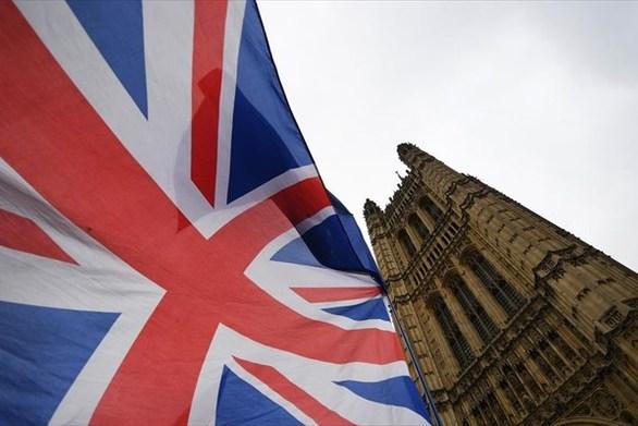 Βρετανία - Σταθεροί στο 40% οι Συντηρητικοί