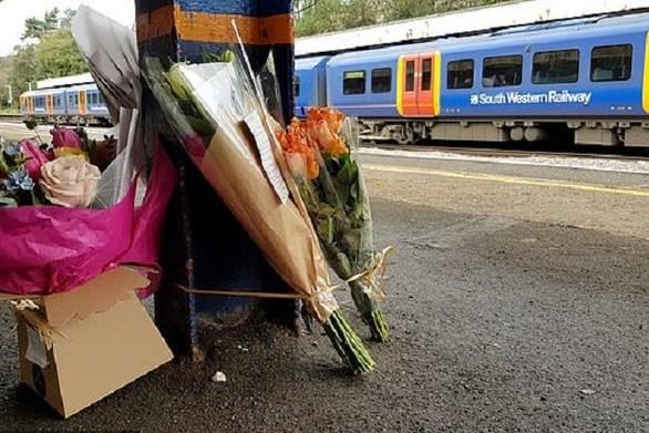 Έφηβη αποφάσισε να αυτοκτονήσει στις γραμμές του τρένου, άλλαξε γνώμη, αλλά ήταν αργά