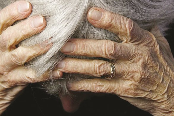 Πάτρα: Ηλικιωμένη κλειδώθηκε στο διαμέρισμά της - Έχει ανάγκη από βοήθεια