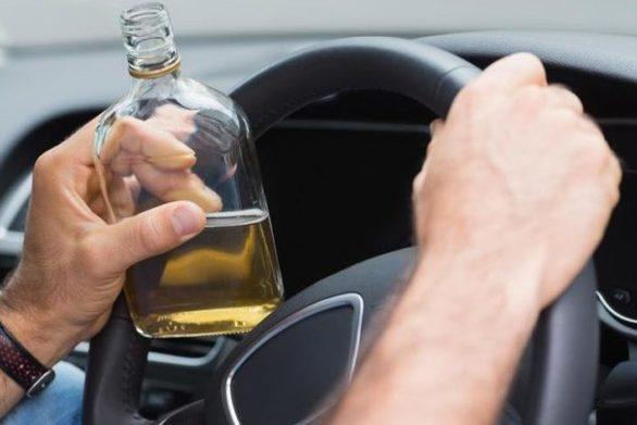 Αγρίνιο - Χειροπέδες σε 53χρονο γιατί οδηγούσε μεθυσμένος