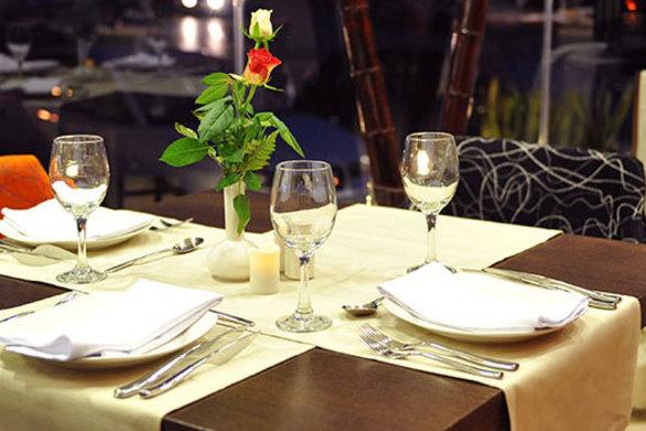 Εστιατόριο στο Εδιμβούργο έλυσε το πρόβλημα για το ποιος πρέπει να πληρώσει στο πρώτο ραντεβού!