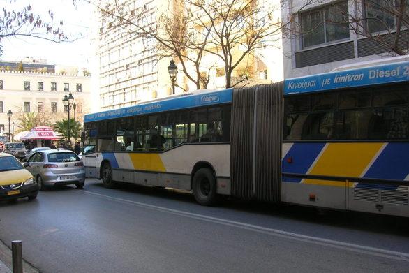 """Ένας στους είκοσι δεν """"χτυπάει"""" εισιτήριο σε λεωφορεία και τρόλεϊ"""