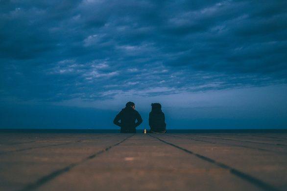 Σκληρή μοναξιά ή μόδα εποχής; Ανάρπαστα και στην Πάτρα τα dating sites