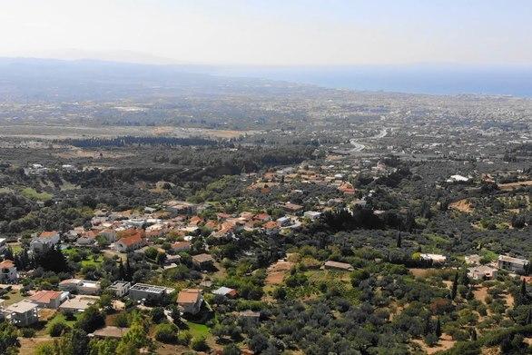 Ρωμανός - Ο οικισμός, που προσφέρει πανοραμική θέα προς την πόλη της Πάτρας (video)