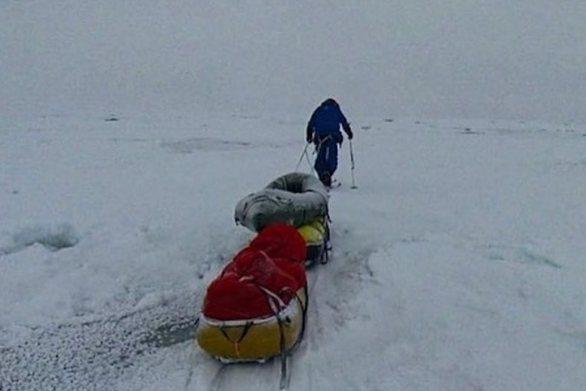 Αρκτικός Ωκεανός: Ο ασυνήθιστα λεπτός πάγος δυσχεραίνει την αποστολή δύο γνωστών εξερευνητών