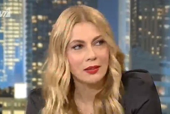 "H Σμαράγδα Καρύδη αποκάλυψε αν θα ήθελε να γίνει remake το ""Παρά Πέντε"" (video)"