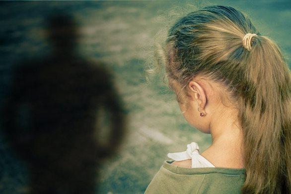 Με μεταδιδόμενο νόσημα διαγνώστηκε ο ιερέας που κατηγορείται για το βιασμό της 12χρονης στη Μάνη