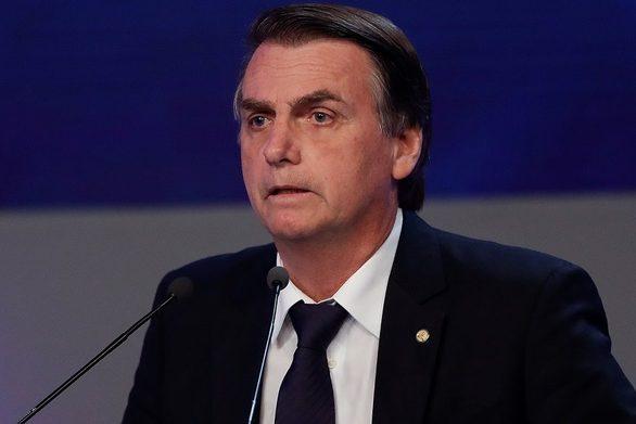 Ο Μπολσονάρου κατηγορεί τον Λεονάρντο Ντι Κάπριο ότι χρηματοδότησε εμπρησμούς στον Αμαζόνιο