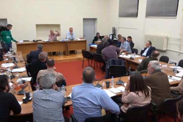 """""""Άναψαν τα αίματα"""" στο Δημοτικό Συμβούλιο Γορτυνίας (video)"""