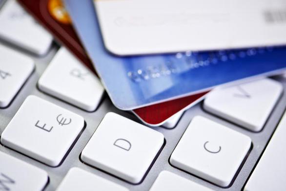 Νέες επιλογές στον τρόπο πληρωμών εξετάζονται στην Ευρωπαϊκή Ένωση