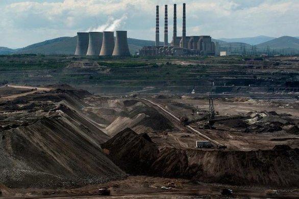 """Bloomberg: Σε ενεργειακό """"πυρετό"""" η Ελλάδα"""