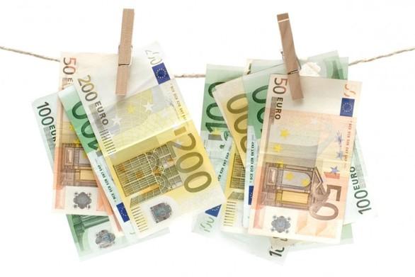 Πάνω από 200 συλλήψεις για ξέπλυμα μαύρου χρήματος
