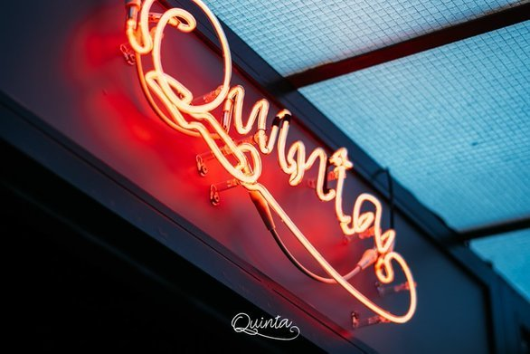 Quinta Jazz Bar - Έρχεται να μας θυμίσει, τα παλιά αγαπημένα τραγούδια!
