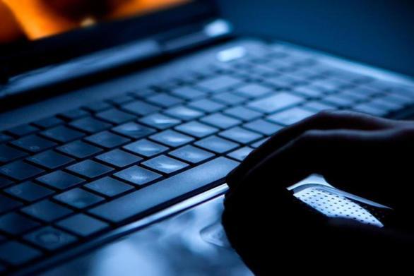 Αχαΐα: Στα χέρια της Αστυνομίας ένας 24χρονος για σεξουαλική παρενόχληση ανηλίκων μέσω διαδικτύου
