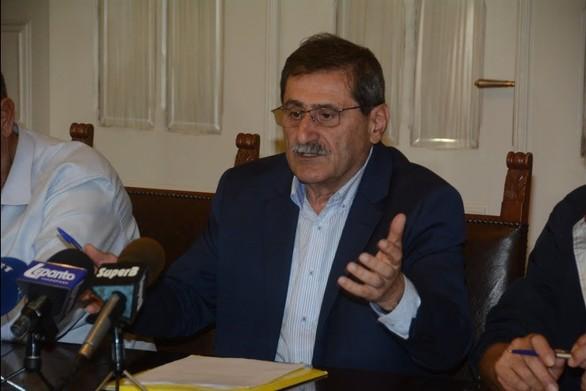 """""""Καπνούς"""" έβγαλε ο Πελετίδης για LNG στο λιμάνι και τρένο - Τι είπε"""