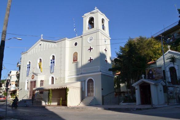 Πάτρα: Πανηγυρίζει με λαμπρότητα ο Ιερός Ναός Αγίου Νικολάου