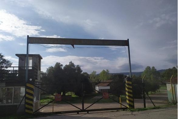 """Δυτική Ελλάδα: Το παλιό στρατόπεδο στον Άγριλο """"κλειδώνει"""" για Κέντρο Μεταναστών"""