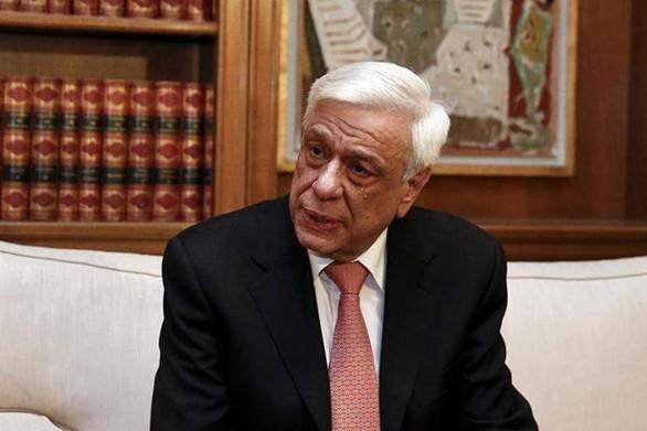 """Προκόπης Παυλόπουλος: """"Είναι σημαντικό οι νέοι να μετατρέπουν την πληροφορία σε γνώση"""""""