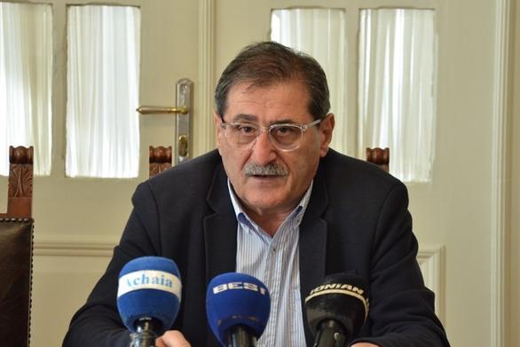 Ο Δήμαρχος Πατρέων ζητά συνάντηση με τον υπουργό Εργασίας!