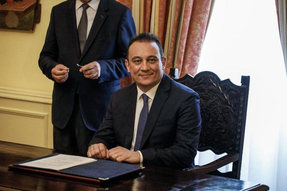 Ορκίστηκε ο νέος υφυπουργός για τον Απόδημο Ελληνισμό, Κώστας Βλάσης (φωτο)