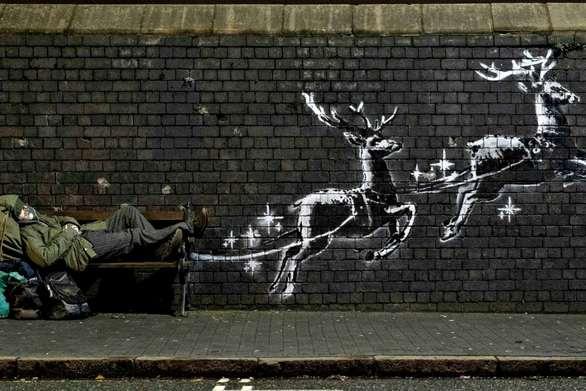 Γροθιά στο στομάχι το νέο χριστουγεννιάτικο γκράφιτι του Banksy (video)