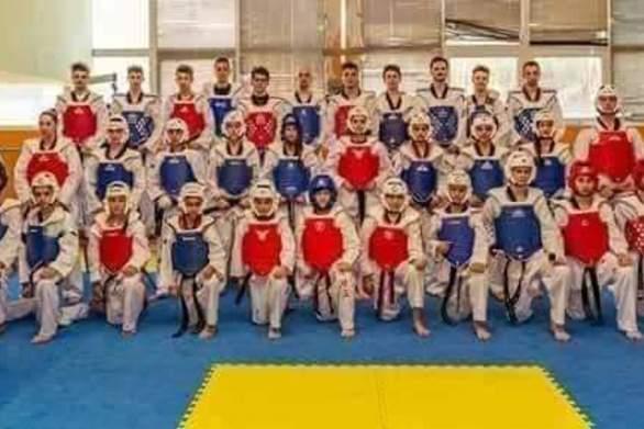 Ο Α.Σ. Αστραπή στο πρωτάθλημα Kim E Liu