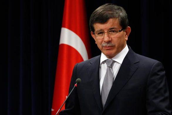 O Αχμέτ Νταβούτογλου ανακοίνωσε νέο κόμμα στην Τουρκία