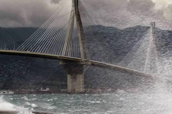 Προβλήματα από την κακοκαιρία στα δρομολόγια των πλοίων - Απαγορευτικό στο Ρίο - Αντίρριο