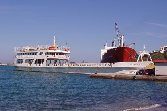 """Αίγιο - """"Παναγία Τρυπητή"""" το όνομα του ferry boat που θα πηγαίνει στον Άγιο Νικόλαο"""