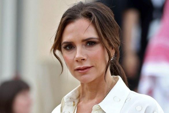 Victoria Beckham - Είναι αναγκασμένη να προχωρήσει σε περικοπές