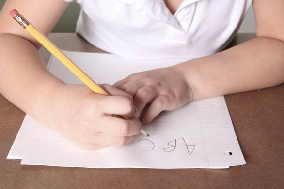 Το 15% των μαθητών πάσχει από δυσγραφία
