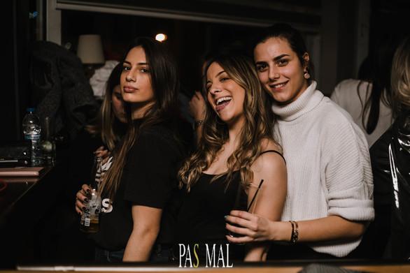 Pas Mal - Συνθέτει το Κυριακάτικο μωσαϊκό της διασκέδασης μας (φωτο)