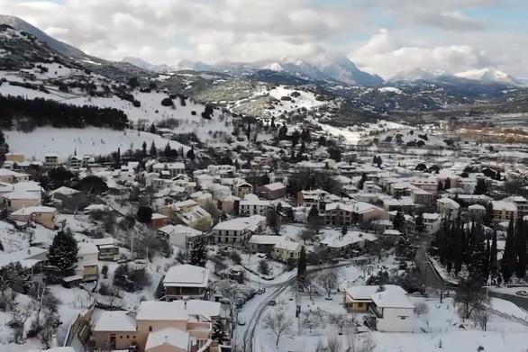 Τα χιονισμένα Καλάβρυτα από ψηλά! (video)