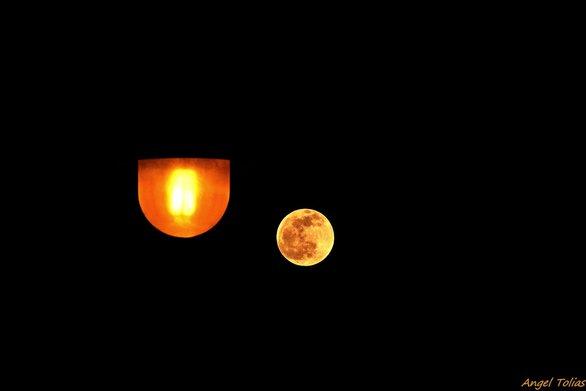 Το «φεγγάρι του λύκου» στον ουρανό της Πάτρας! (φωτο)