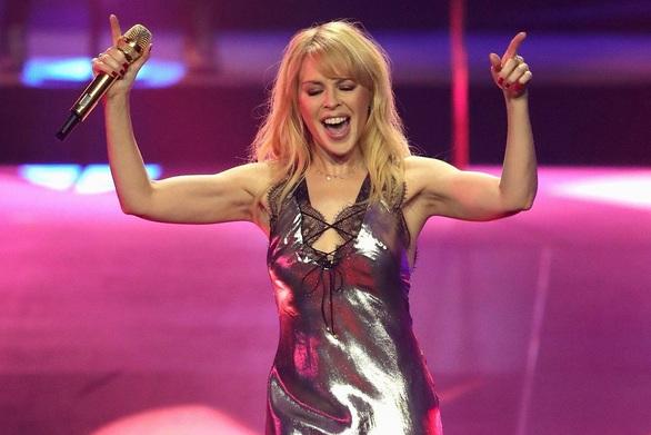 Kylie Minogue - Η σχέση της με την ομορφιά και το χρόνο