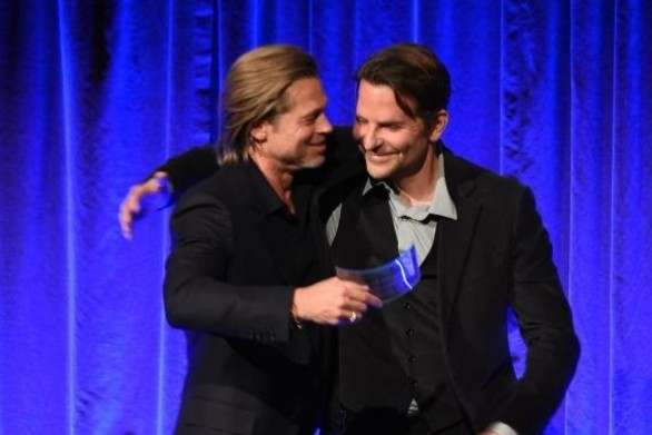 Brad Pitt: «Έκοψα το ποτό χάρη στον Bradley Cooper» (video)