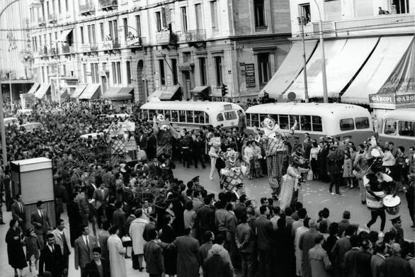 Πατρινοί παρελαύνουν στην Αθήνα για να προβάλουν το Καρναβάλι τους!