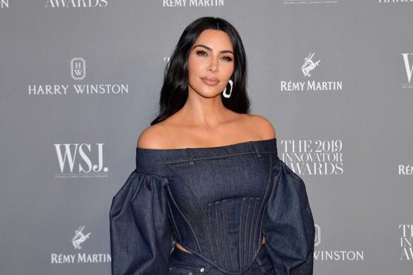 H Kim Kardashian πρωταγωνιστεί σε ντοκιμαντέρ για το ποινικό δίκαιο (video)
