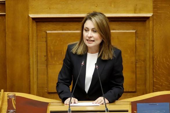 """Χριστίνα Αλεξοπούλου: """"Εάν δεν μας είχατε κυβερνήσει, θα είχαμε αυτοκινητόδρομο"""""""