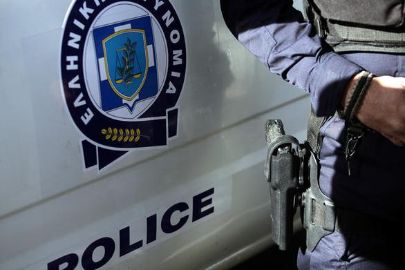 Πάτρα: Βρέθηκαν στα χέρια της αστυνομίας για λαθραίο υπαίθριο εμπόριο