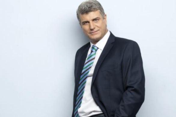 Βλ. Kυριακίδης: «Η συνεργασία μου με την Κλέλια είναι άλλη μία υπέροχη στιγμή στην καριέρα μου»